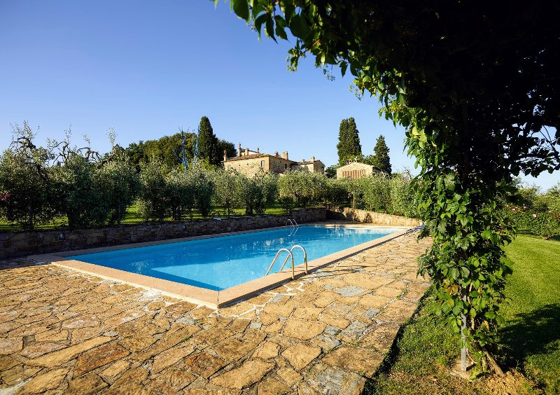 Tavarnelle Val di Pesa Holiday Home Sleeps 13 with Pool Air Con and WiFi – semesterbostad i Certaldo