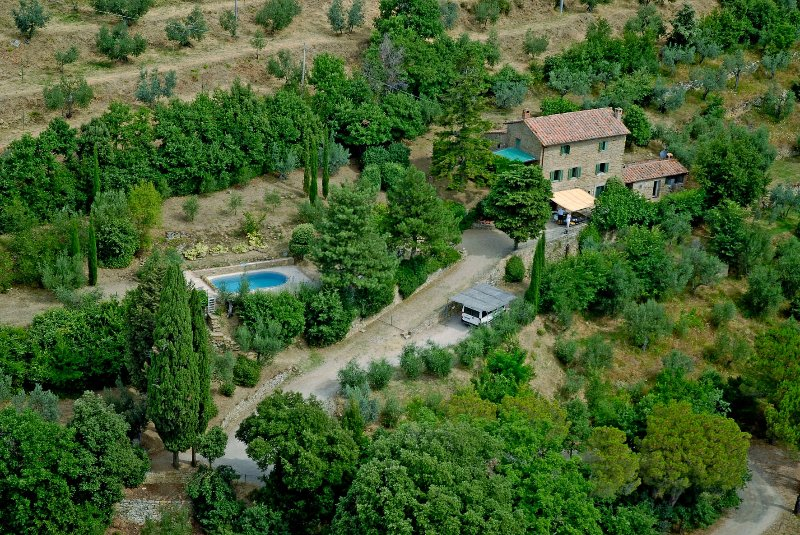 Sant'Angiolo Villa Sleeps 8 with Pool Air Con and WiFi - 5226686, holiday rental in Portole