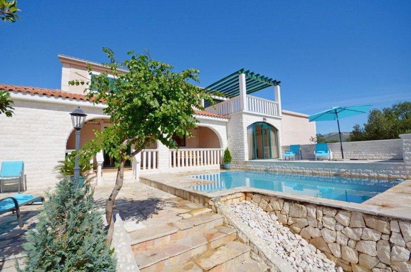 Villa Sonnhaus, alquiler vacacional en Gustirna