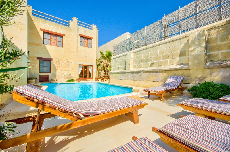 Santu Pietru Villa Sleeps 6 with Pool - 5217827, vacation rental in San Lawrenz