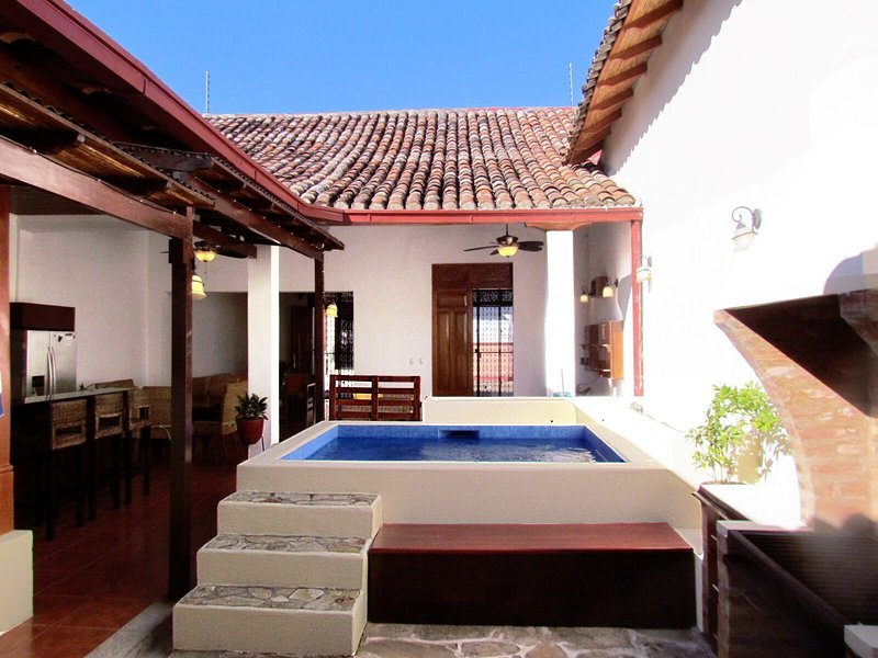 Casa Isabella, Modern and Convenient, vacation rental in Isletas de Granada