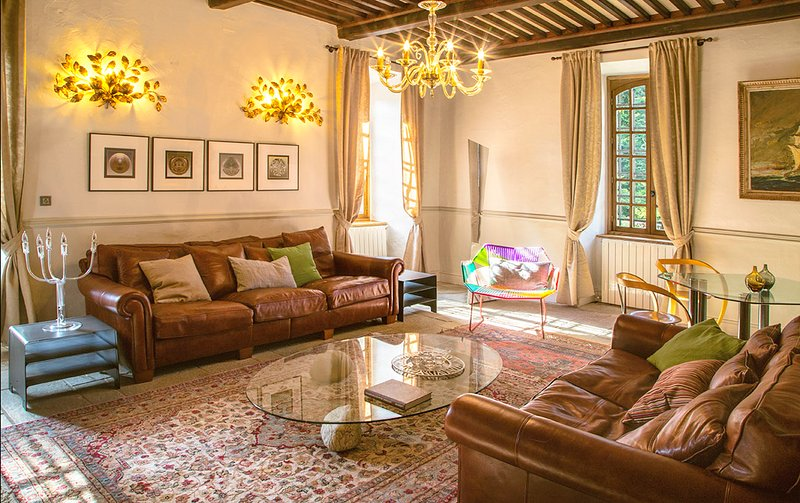 Chamborigaud Chateau Sleeps 18 with Pool - 5049489, holiday rental in Saint-Michel-de-Deze