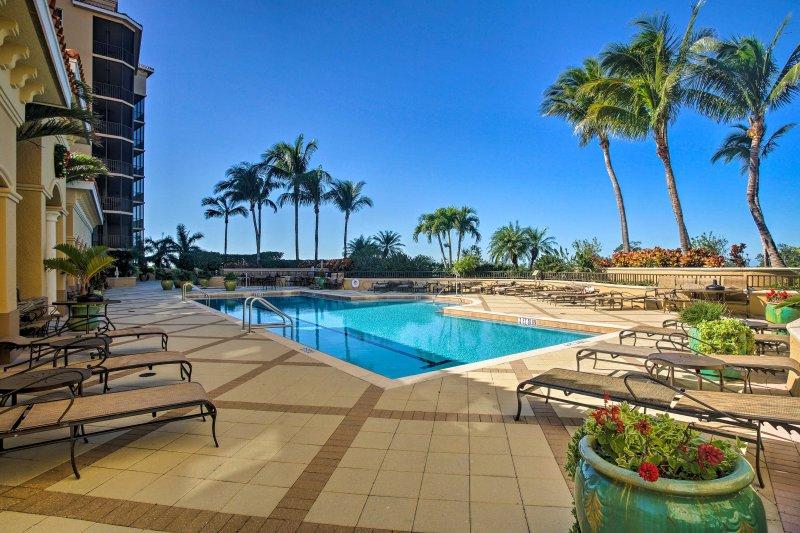 Este condominio ofrece todas las comodidades del hogar con todos los lujos de un resort.