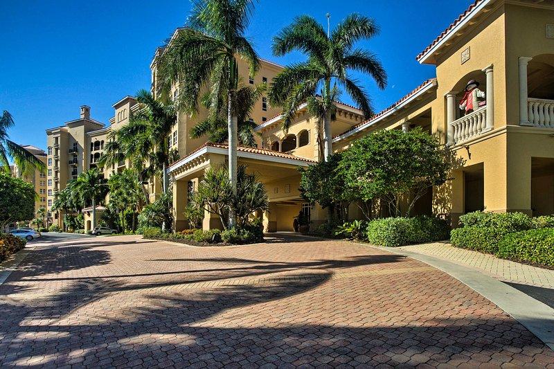 Ubicado en The Grande Isle Towers, este condominio tiene acceso a comodidades de primer nivel.