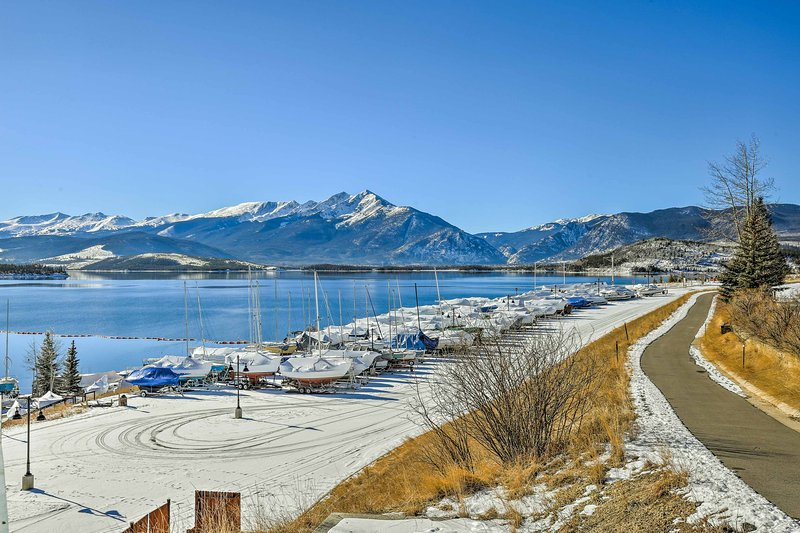 Você nunca se cansam do lago ou para as montanhas quando ficar aqui.