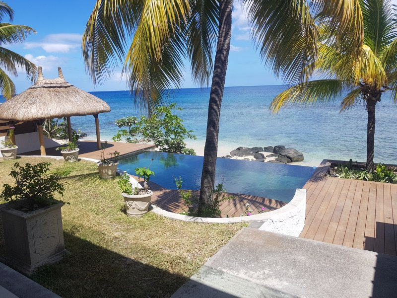 Apartamento de luxo com um superbe mais vista na piscina e praia