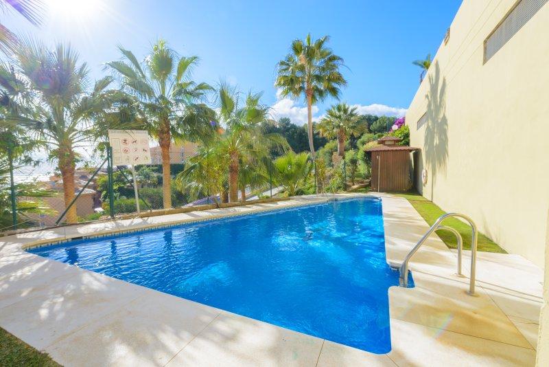 Uno dei bella piscina a Casa Bellavista.