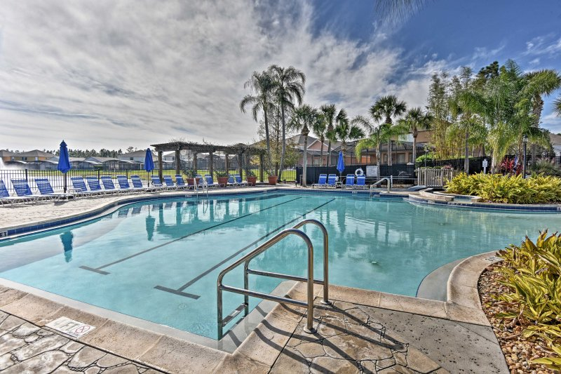 From the large community pool to the private hot tub, this Terra Verde townhome has it all!