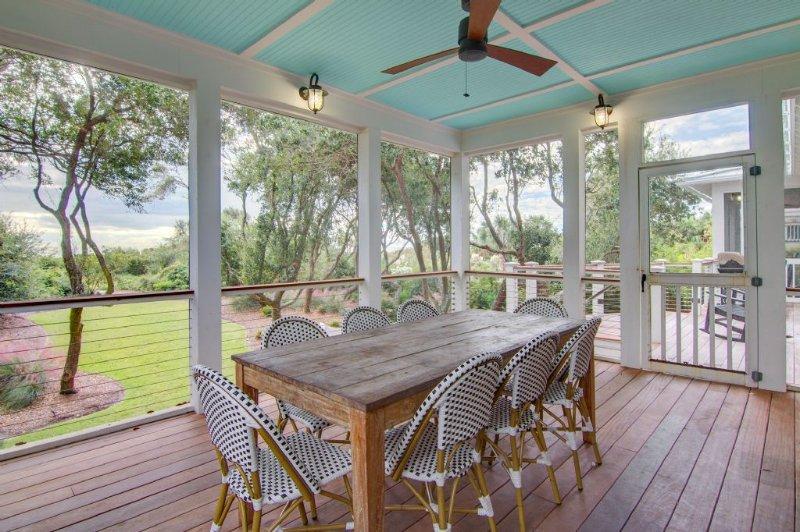 Terrasse couverte Repas en plein air