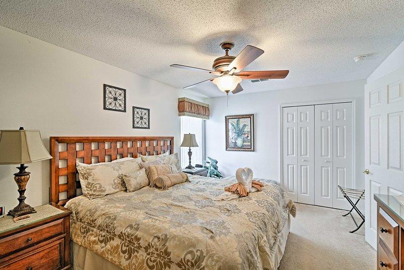 De tweede slaapkamer heeft ook een kingsize bed.