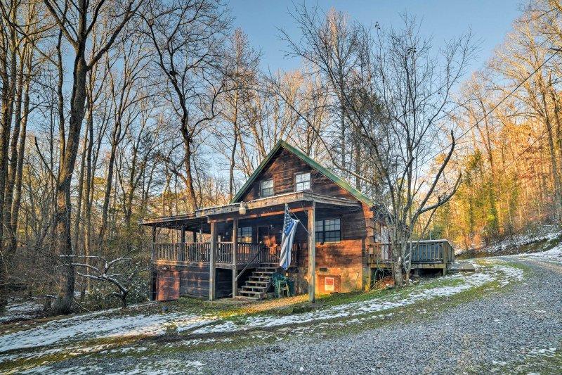 Esta cabine está situado em 25 acres privada de beleza natural.