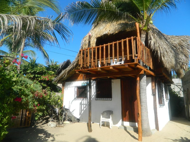 Arriving at 'La Palapa del Pescador', from the terrace of 'Heaven'