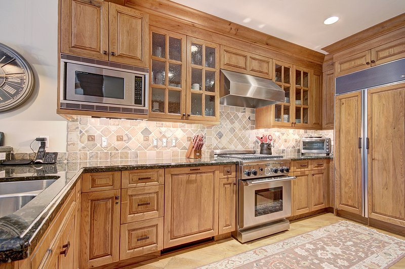 Open kitchen with everything you need!