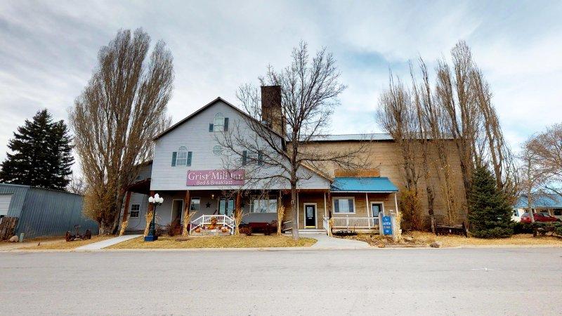 Devant Lodge