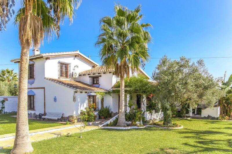 Cubo's Villa Miel Amarga, aluguéis de temporada em Alhaurin el Grande