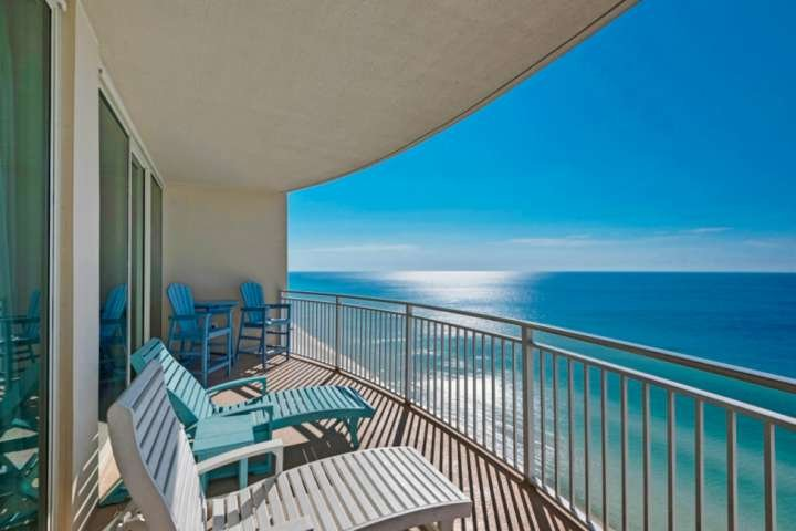 Spacious balcony overlooking the gulf of Mexico