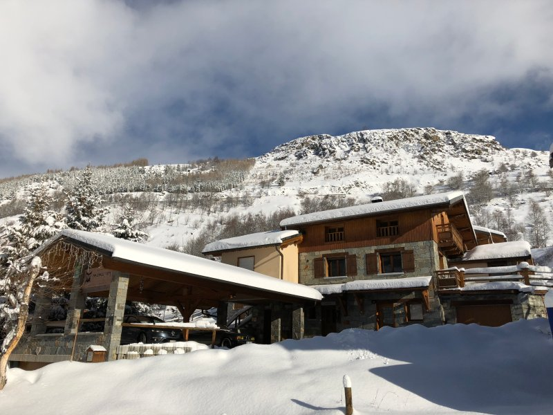 70m from the slope, Monster Chalets - Le Lichen, holiday rental in Le Bettaix