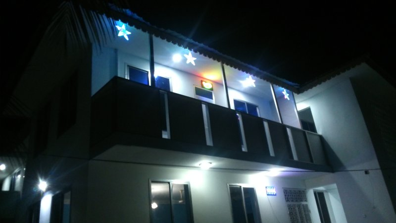 Uroa White House Inn, vacation rental in Pongwe