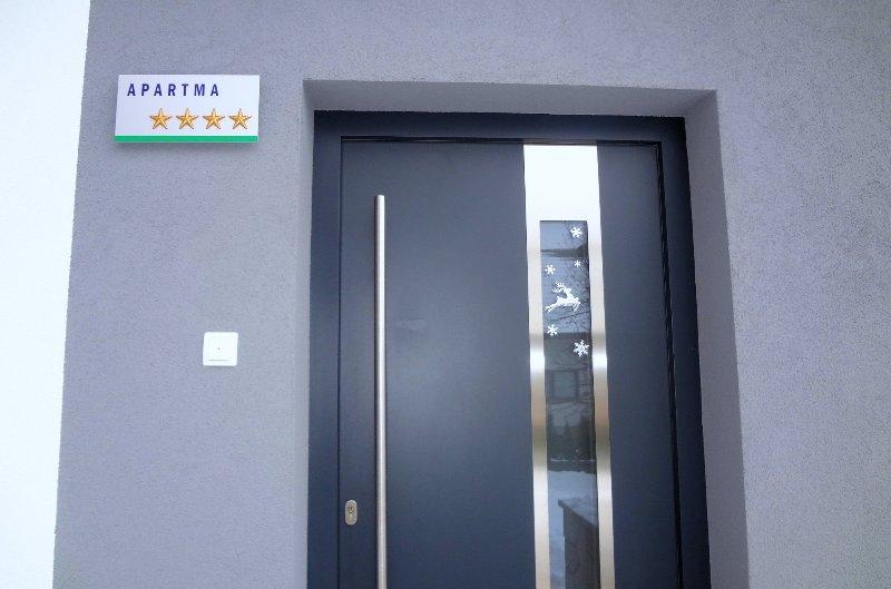 Die Wohnung wird von der Slovenian Tourist Board mit 4 Sternen klassifiziert.