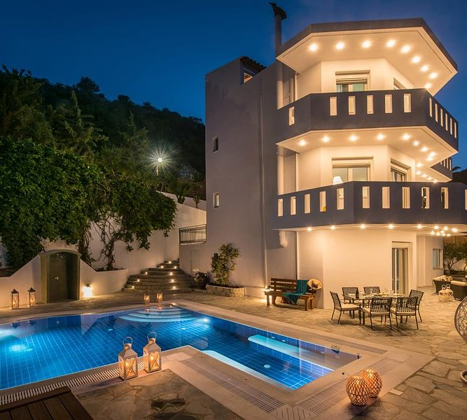 Villa Artemis, Wine Dark Sea Villas, holiday rental in Rodia
