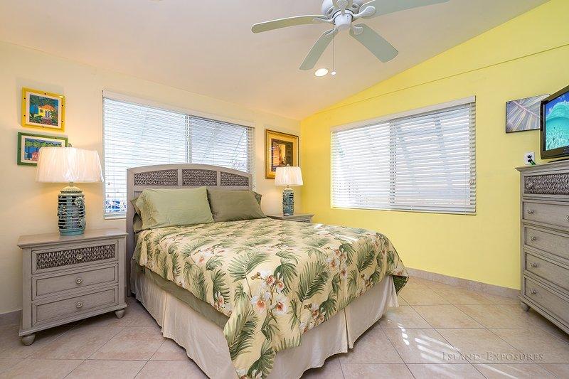 Guest Bedroom with a Queen Bed.
