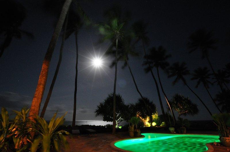 Stunning moonrises over the laguna