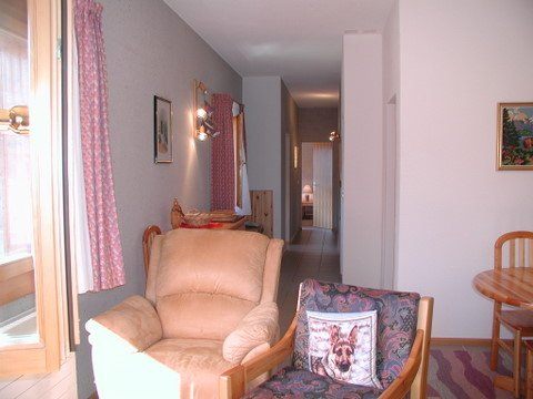 Living room - Corridor
