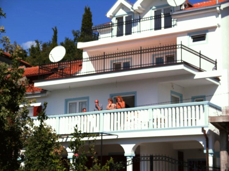Ferienwohnung 02 Obergeschoss Herceg Novi Montenegro Kotor Bay., location de vacances à Herceg-Novi