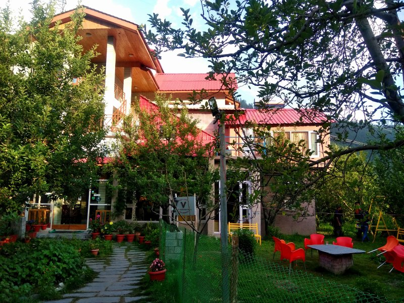 The Bharhka villa, holiday rental in Karjan