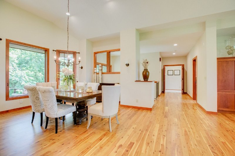 large spacious dining area