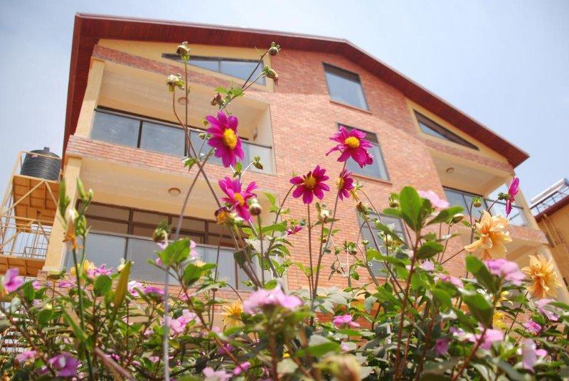KIGALI VILLAGE SUITES #5, holiday rental in Kigali