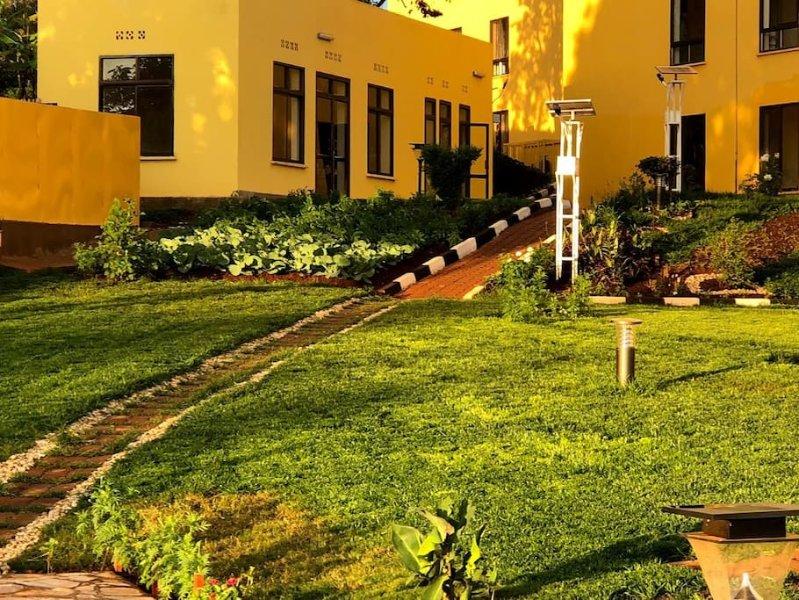 KIGALI VILLAGE SUITES #12, vacation rental in Kigali
