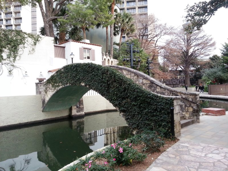 La Villita sur la rivière.