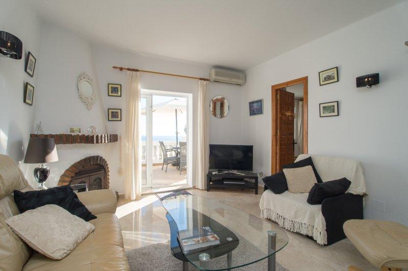 Las Palmas 21C - El Oasis de Capistrano!, holiday rental in Nerja