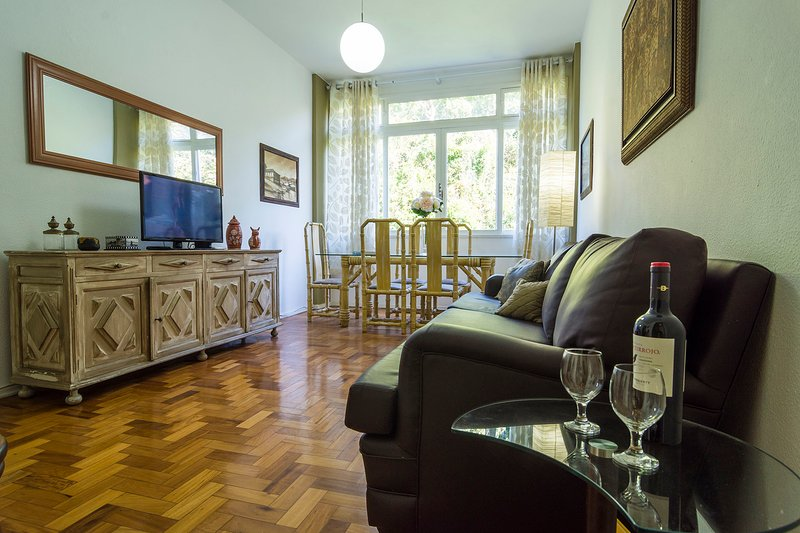 16Flats: Flat 1008, vacation rental in Petropolis