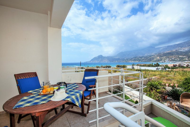 The veranda of our house to enjoy your breakfast with beautiful view of the sea and Plakias bay