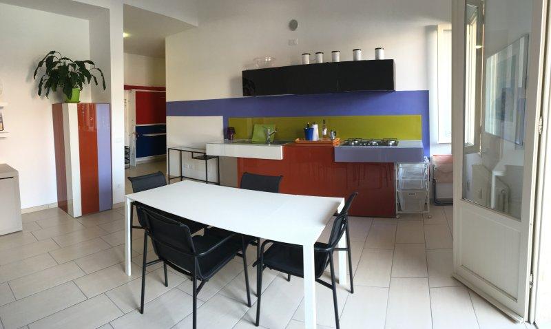 Casa Dana - San Terenzo, a 50 metri dal mare, vacation rental in Lerici