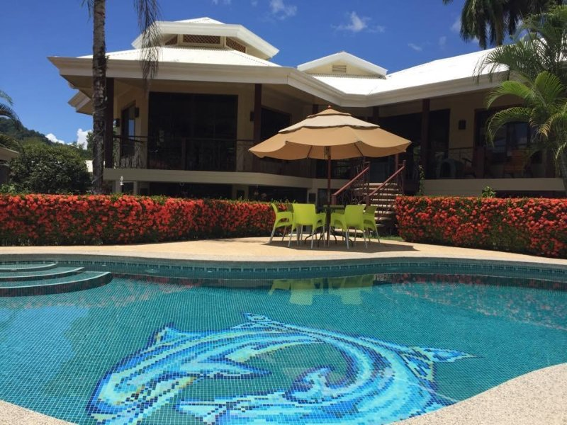 Beautiful home with pool in Golfito!!, vacation rental in Playa Zancudo