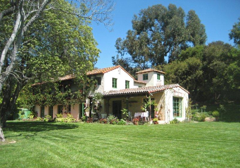 Fabulous Mediterranean 1920's Estate, holiday rental in Santa Barbara