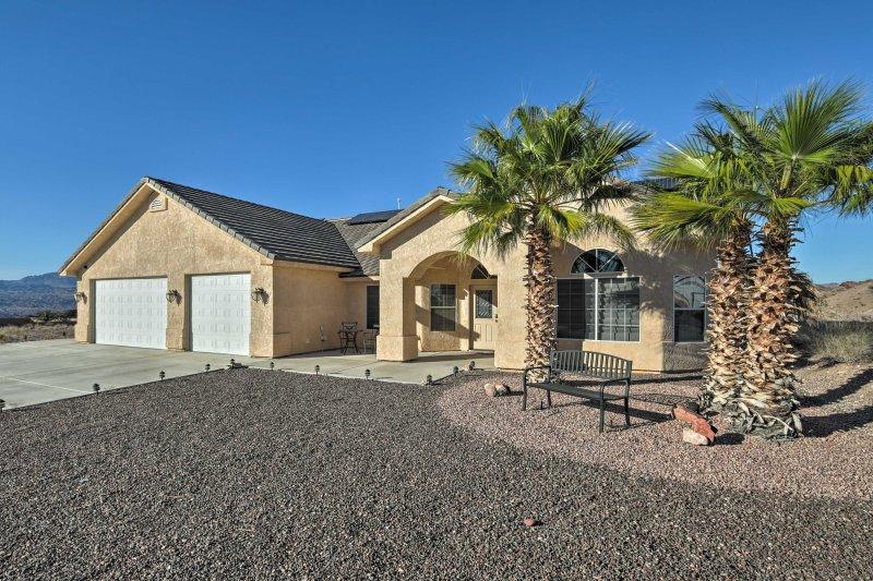 Su próximo destino Oeste de Arizona aguarda a sólo 5 minutos de los casinos en Laughlin y 15 minutos del lago Mohave.