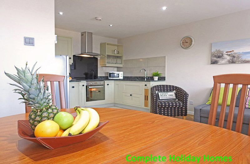 Recently refurbished 2nd floor apartment