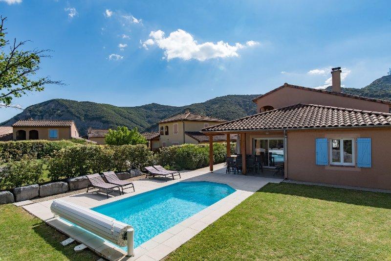 Villa Agape - met prive zwembad op Les Rives des l'Ardeche, location de vacances à Vallon-Pont-d'Arc