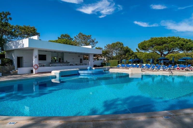 Quinta do Lago Terrace Apartment II (S22), holiday rental in Quinta do Lago