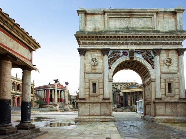 the set of the movie Cleopatra at the Cinecittà Studios museum