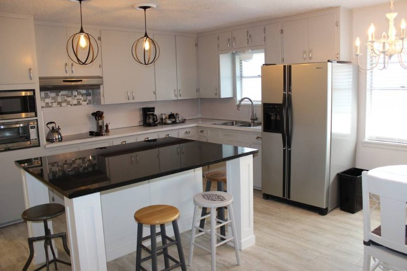 5 Hills Place 5 miles from Fort Hood Military Base, vacation rental in Harker Heights