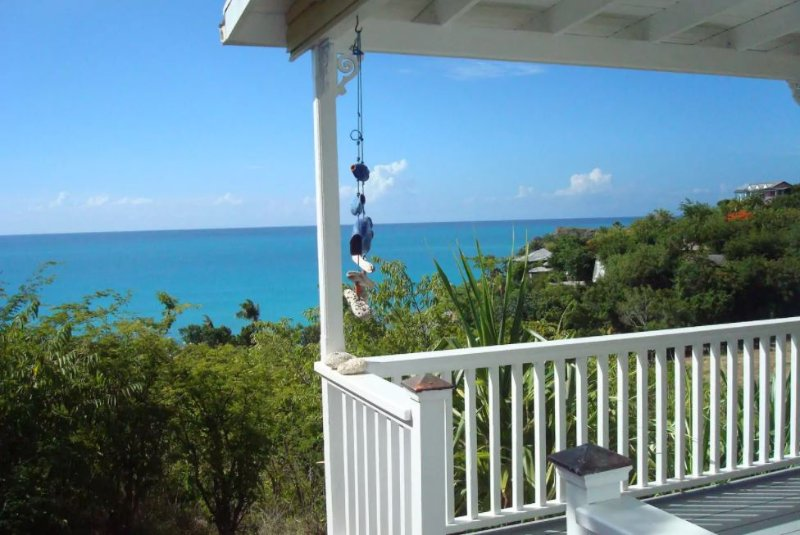 Breeze at Galley Bay Cottages, holiday rental in Five Islands Village