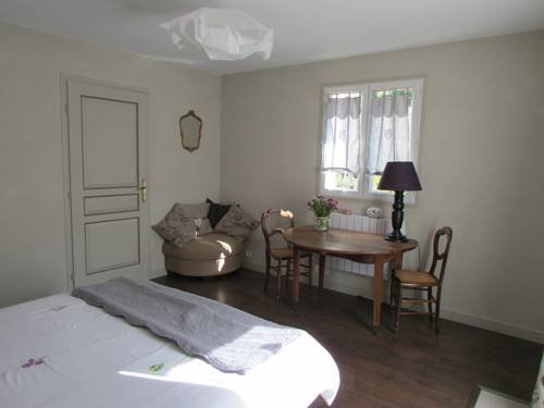 Chambre d'hôte l'orée de vergy en bourgogne, holiday rental in Crugey