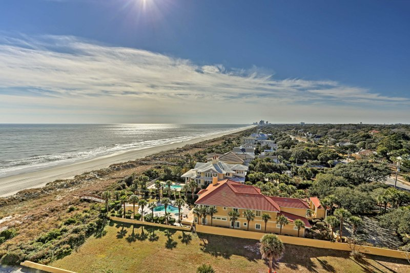 With one of the best views on the Grand Strand, you'll see for miles from the balcony.