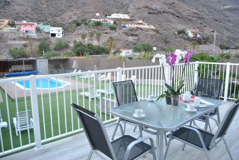 Mogán Sol, apartamento para minusvalidos con piscina a 3 km del Pto. de Mogán, alquiler de vacaciones en Puerto de Mogán