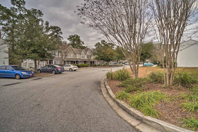 L'emplacement Summerville de la maison de ville offre un mélange parfait de la ville et la banlieue.